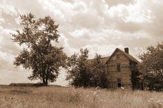 Old House Still Standing in Millsboro, Delaware. http://photographybyfrancie.zenfolio.com/