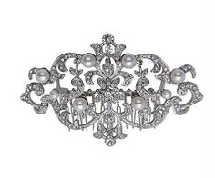Silver wedding hair piece with pearl accents. So perfect for a wedding hairstyle or to add to the top of your veil.   Nina Shoes Noreta http://ninashoes.com/noreta-hair-comb-silver--17805?c=337&utm_source=Pinterest&utm_medium=Social%20Media%20Campaign&utm_campaign=Nortek%20Hair%20Comb