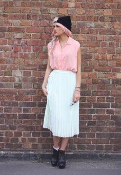Vintage Pastel Mint Pleated Midi Skirt Size UK 12