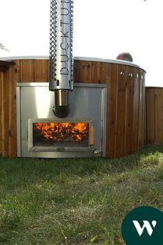 Hot Tub Garden, Hot Tub Backyard, Outdoor Sauna, Outdoor Fire, Ideas Cabaña, Saunas, Pool Diy, Sauna House, Country Modern Home