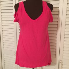 Beautiful pink Open sleeves Tunic  Awesome top and great for summer.  breezy and cool One Step Up Tops Tunics