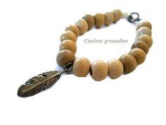 Bracelet ethnique perles en bois et plume : Bracelet par couleur-grenadine33