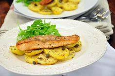 only 5 ingredient quick recipe with salmon fillets, some capers and yummy potatoes
