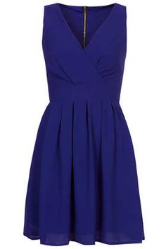 Cross Bust Chiffon Dress by Wal G €44,- The perfect dress for any occasion.