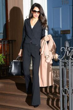 If you're looking for some workwear and everyday outfit inspiration, look no further because we've rounded up all of Amal Clooney's best style moments and outfits that can you shop for your professional wardrobe. Workwear Fashion, Fashion Mode, Office Fashion, Work Fashion, Daily Fashion, Style Fashion, Fashion Blogs, Petite Fashion, Fashion Fashion