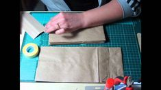 Come rilegare un mini album con le buste del pane...(tutorial)