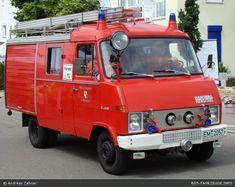 1969 hanomag-henschel-f46 Daimler Benz, Railway Museum, Fire Apparatus, Steam Engine, Steam Locomotive, Small Cars, Fire Trucks, Firefighter, Military Vehicles