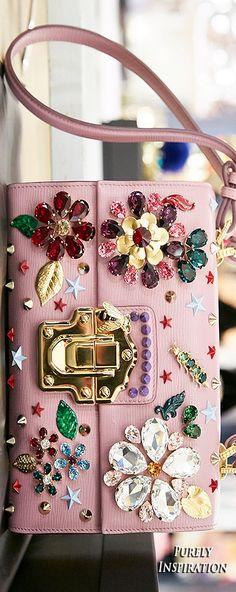 Dolce Gabbana FW2016 Womens Fashion RTW | Purely Inspiration Women's Handbags & Wallets - amzn.to/2iZOQZT Clothing, Shoes & Jewelry : Women : Handbags & Wallets : http://amzn.to/2jBKNH8