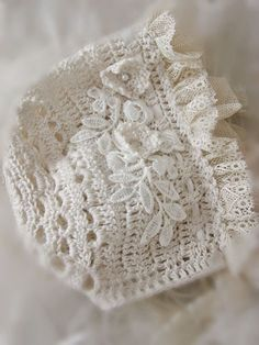 Crochet Lace Sweet Crochet and Lace Baby Bonnet ~ Gilet Crochet, Crochet Baby Bonnet, Crochet Baby Clothes, Irish Crochet, Crochet Lace, Baby Patterns, Crochet Patterns, Crochet Ideas, Baby Bonnet Pattern