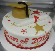 One of many graduation cakes this summer!