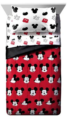 Disney Mickey Mouse Cute Faces Single Reversible Comforter Minnie Mouse Bedding, Mickey Mouse Nursery, Mickey Minnie Mouse, Mickey Mouse Toddler Bed, Disney Bedding, Disney Mickey, Baby Boy Room Decor, Baby Boy Rooms, Casa Disney