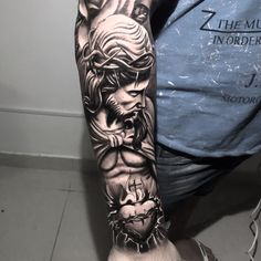 Left Arm Tattoos, Cool Chest Tattoos, Forarm Tattoos, Best Sleeve Tattoos, Side Tattoos, Sleeve Tattoos For Women, Tattoo Sleeve Designs, Skull Tattoos, Tattoos For Guys