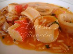 Arroz de Lulas e Delícias do Mar – Luísa Alexandra Paella, Thai Red Curry, Cantaloupe, Shrimp, Cooking Recipes, Meat, Fruit, Ethnic Recipes, Hobbies