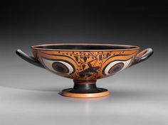 Drinking cup (kylix) | Museum of Fine Arts, Boston