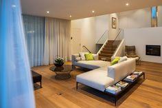 Sofakombination Walter Knoll Jaan Living. Werner Scheuber AG. Floor Chair, Flooring, Furniture, Home Decor, Room Interior Design, Interior Designing, Design Interiors, House, Decoration Home