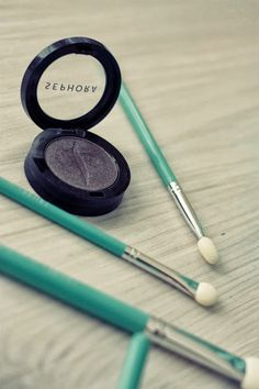 Kuinka purjehtijaksi tullaan: Tiffany Blue #Cailap #MarielaSarkima #beauty Home Decor Inspiration, Makeup Inspiration, Beauty Tips, Beauty Hacks, My Favorite Color, My Favorite Things, Smoky Eyes, Valspar, Blue Makeup