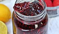 Simple pickled cherries recipe is my new favorite way to enjoy summertime cherries. Ready in just under an hour and still perfectly sweet. Fruit Recipes, Dessert Recipes, Sweet Cherry Recipes, Nutella Recipes, Pickled Cherries, Pickled Fruit, Sweet Cherries, Cherry Desserts, Blueberry Jam