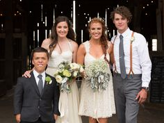 Watch 'Little People, Big World' Stars Zach Roloff and Tori Patton Prep For Their Wedding! | Photo by: Julia Green Photography | TheKnot.com