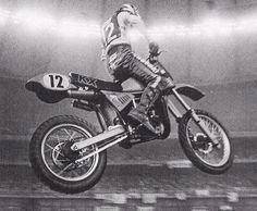 SR250, Ward, 1982