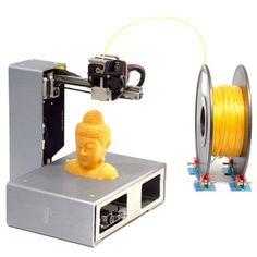 Eine kleine Auswahl an qualitativ guten 3D-Druckern ... Vor zehn Jahren konnte ein 3D-Drucker mindestens 100.000 Euro kosten. Heute findet man 3D-Drucker schon unter 1000 Euro: Portabee GO: ca. 550 € Der Portabee GO von Romscraj aus Singapur ist ein kompakter, zusammenklappbarer Desktop 3D-Drucker, den man überall hin mitnehmen kann. Portabee GO Technische Daten:...