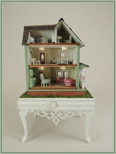 Cape May Cottage in 144th Scale - Click Image to Close