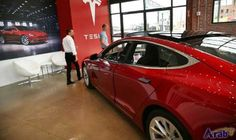 US Senate committee wants details of fatal…: A US Senate committee called on Tesla to explain the role an Autopilot self-driving feature…