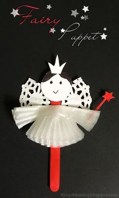 This angel puppet makes a really lovely Christmas craft for kids. Super cute and easy to make for preschoolers.