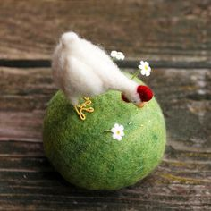 Made to Order  Pecking Hen Pincushion  Needle by BossysFeltworks, $65.00  Cute...I know how much time something like this takes!~