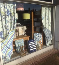 Gorgeous spring window display by Curtain Couture featuring our Italian Garden collection in colourway Cobalt. See more from this collection online… www.prestigious.co.uk/collections/italian-gardens