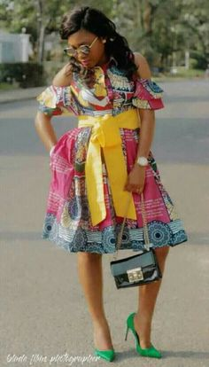 Dear Fashion Savvy Ladies, We are writing to let you know that kente has come to impress us with amazing designs. Kente is not as common as Ankara which makes it an appealing fabric. African Blouses, African Lace Dresses, African Fashion Dresses, African Attire, African Wear, Chitenge Outfits, Afrocentric Clothing, Plus Size Summer Outfit, Kente Styles