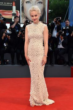 38561b70f090 Marina Rocco 73rd Venice Film Festival Sleeveless Lace Dress Nice Dresses