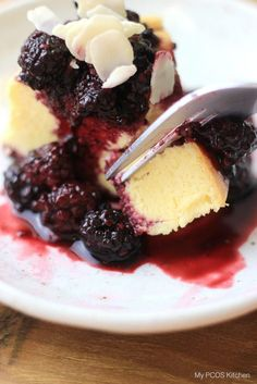 A gluten-free and sugar-free alternative to the popular recipe. This cheesecake is extremely low-carb and so is perfect for a keto or low carb diet!