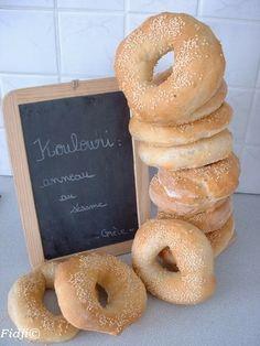 Koulouri, petits pains grecs huile d'olive et sésame