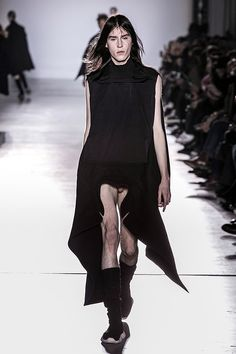 Exquisite Exhibitionism: Rick Owens Men's Fall 2015 | Hint Fashion Magazine