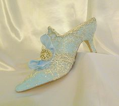 Marie Antoinette themed wedding shoes in by everlastinglifashion, $305.00