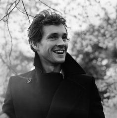 He was my Prince in Ella Enchanted, and he's incredible in Hannibal: The handsome Hugh Dancy :)