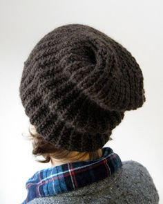 simple slouchy hat - free pattern, coco knits