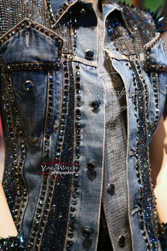All Jeans, Jeans Rock, Embellished Jeans, Embroidered Jeans, Look Patches, Gilet Jeans, Vestidos Chiffon, Jean Diy, Custom Denim Jackets