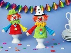 Was wären Fasching und Karneval ohne Clowns? Sicher genauso fröhlich! Aber Clowns gehören einfach dazu! Ob in der jecken 5. Jahreszeit oder zum Kindergeburtstag, die Gute-Laune-Gesellen erheitern einfach jedes Gemüt! Häkel auch Du die beiden Eierwär