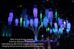 (inner courtyard gardens) String Columns - Hanging Columns made with String Curtains for Trade Shows, Events, and More. String Curtains, Beaded Curtains, Bühnen Design, Event Design, Avatar Theme, Glow Stick Wedding, Tv Star, Stage Set Design, Neon Party