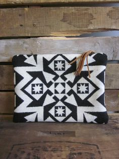 Black and white Wool Clutch with leather fringe zippered pull / Boho clutch/ Fringe clutch