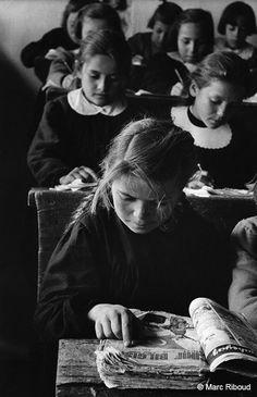 Turkey, 1955 (Marc Riboud) | school | books | teach | learn | schooling | education | read | opportunity | black & white | little girl | 1950's
