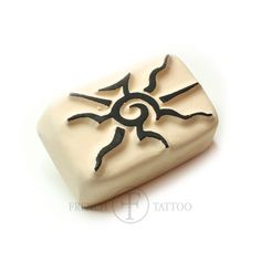 Soleil tribal - Tatouage Temporaire sur www.french-tattoo.com fournisseur de tatouages temporaires