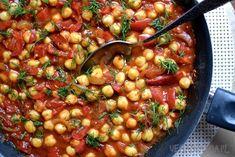 Ciecierzyca z pomidorami i papryką Chana Masala, Tofu, Curry, Ethnic Recipes, Curries