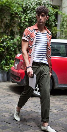 Earn your stripes the street style way.
