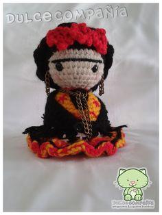 FRIDITA Mi 1er patrón My first pattern #Frida #FridaKahlo #amigurumi #LoveFrida <3 Colores: NOCHE