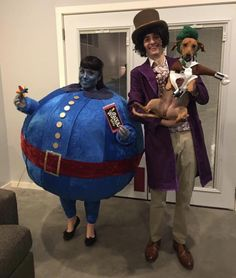 Post with 3017 votes and 157887 views. Tagged with blueberry, oompaloompa, willywonka; Shared by Willy Wonka, Blueberry and our little Oompa Loompa! 4 Person Halloween Costumes, Halloween Duos, First Halloween, Halloween 2016, Scary Halloween, Oompa Loompa Halloween, Oompa Loompa Costume, Duo Costumes, Scary Costumes