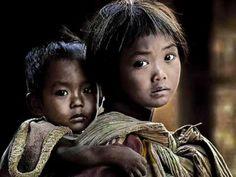 YANNI  -Voices  Nican  &   Wszystkie Dzieci Na Świecie Płaczą w Tym Samym języku