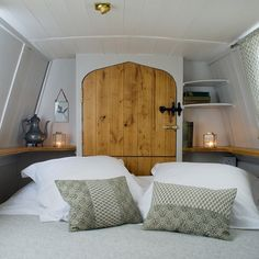 Life on boats is pretty cosy and snug.