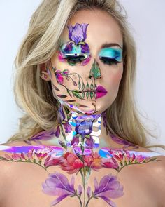 Blonde beauty's amazing make-up skull looks take up to 12 hours to complete - Storytrender Haloween Makeup, Halloween Makeup Looks, Costume Makeup, Cosplay Make-up, Makeup Carnaval, Vanessa Davis, Sugar Skull Makeup, Fx Makeup, Body Makeup